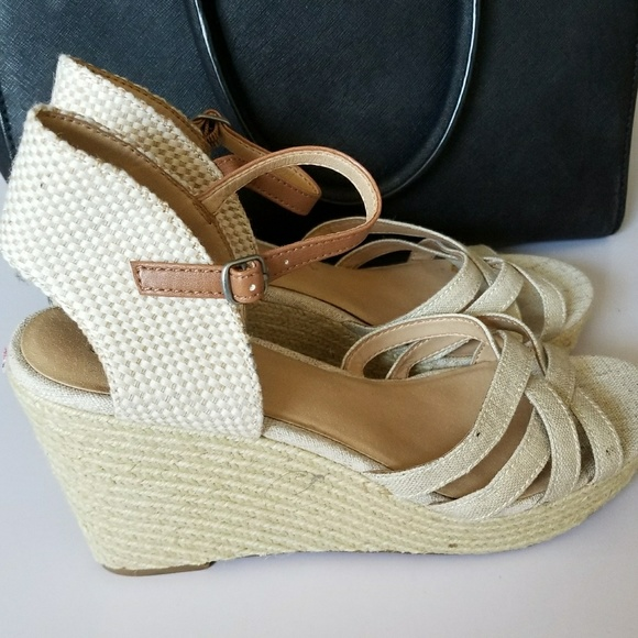 00928a5a953 Lucky Brand Shoes - Lucky Brand Cream Colored Wedges